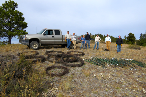On October 19th, a second group of volunteers removed the remaining fence. They worked from the bottom of the drainage to the eastern boundary of the ranch.